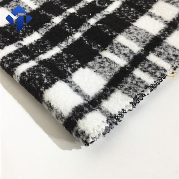 Hot selling and low price100% polyester check boucle fabric for clothing