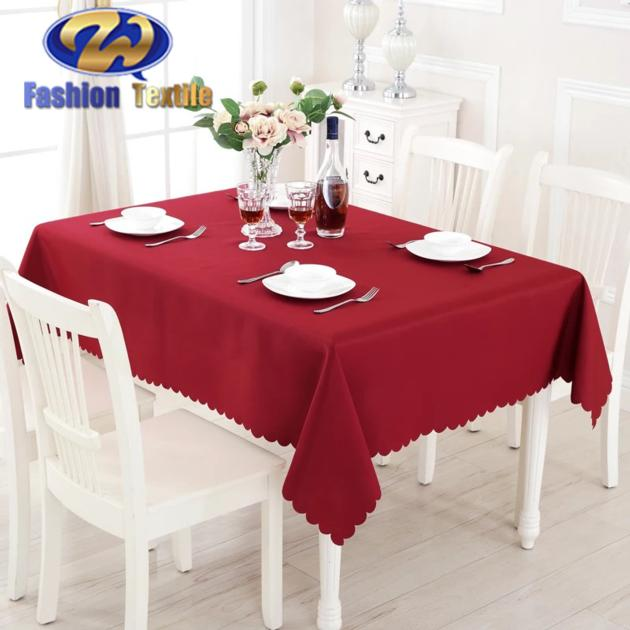 Rectangle red table covers for wedding