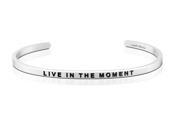 Live in the moment inspirational bracelet