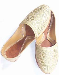 Beaded Ladies Shoes ( Naagra)