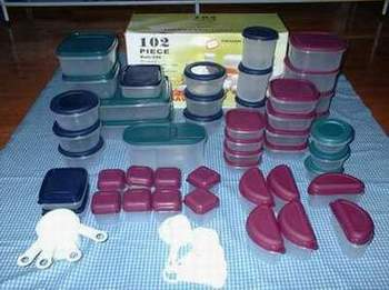 102 pc plastic storage container